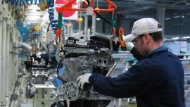 Dane GUS potwierdzają ożywienie w przemyśle. Wyniki lepsze niż prognozy