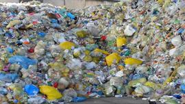 PKN Orlen z pomysłem na przetwarzanie odpadów z tworzyw sztucznych