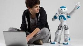 Robot NAO – nowy przyjaciel osób starszych i chorych na autyzm