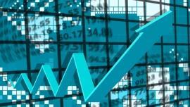 Spadek PKB wyhamowuje