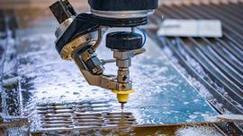 Maszyny do cięcia: liczą się szybkość, jakość i koszty