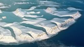Dziura ozonowa już wielkości Antarktydy. Konieczne ścisłe przestrzeganie zakazu emisji chemikaliów