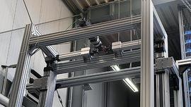 Stabilne łączenie bez zgrzewania: nowe złącze zaciskowe do profili konstrukcyjnych