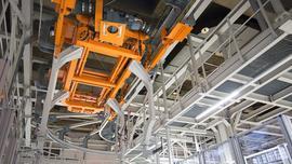Urządzenia transportowe z własnymi systemami sterowania w inteligentnej fabryce