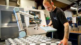Jak roboty mogą pomóc firmom być bardziej przyjaznym dla środowiska?