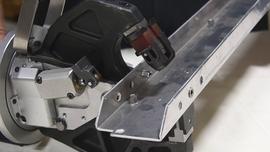 Klinczowanie blach – innowacyjna metoda wytrzymałego łączenia na zimno